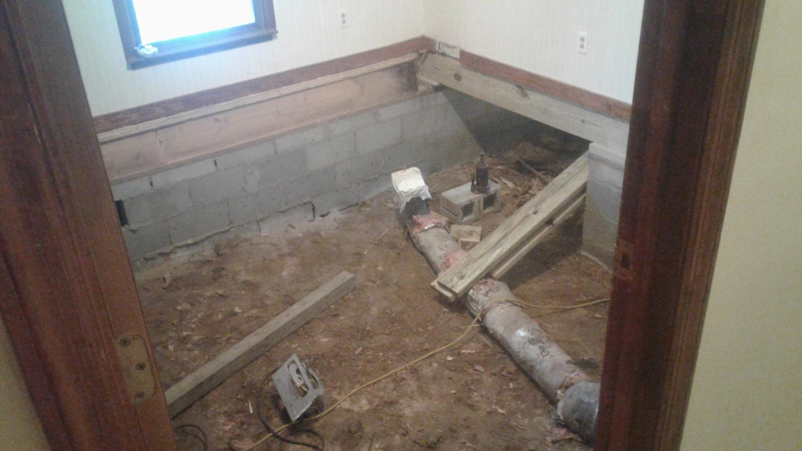 Sinking Floor Causes Couple to Seek Help in Cottageville, SC - Before Photo