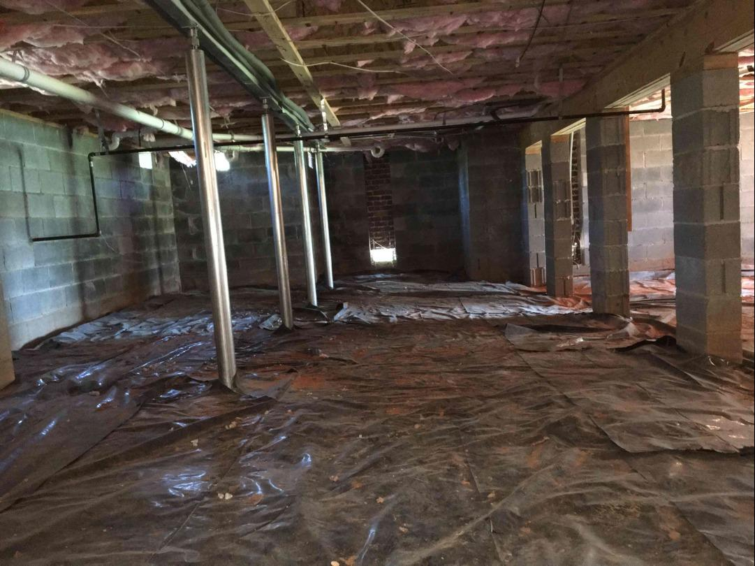 Ridgeway SC Crawl Space Gets Dehumidifier and Drainage System Installed - Before Photo