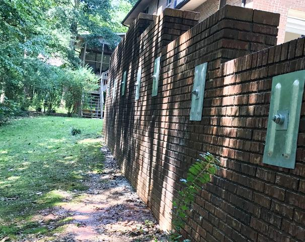 GeoLock Anchors Save Wall Outside Seneca, SC Home