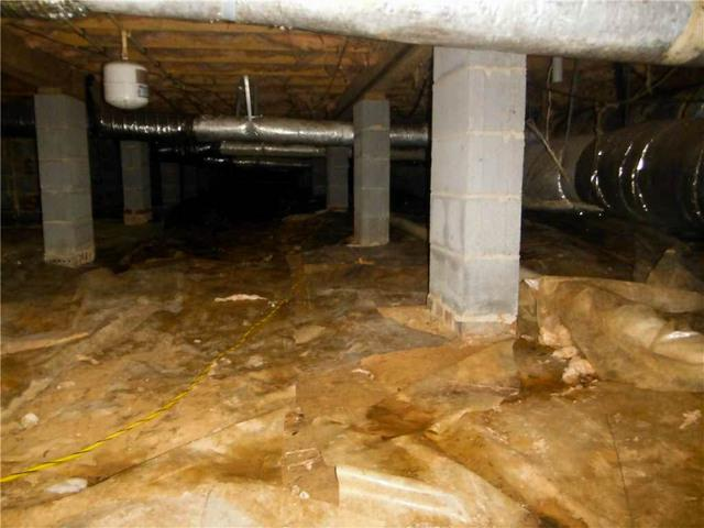CleanSpace Wicks Away Crawl Space Moisture in Anderson, SC - Before Photo