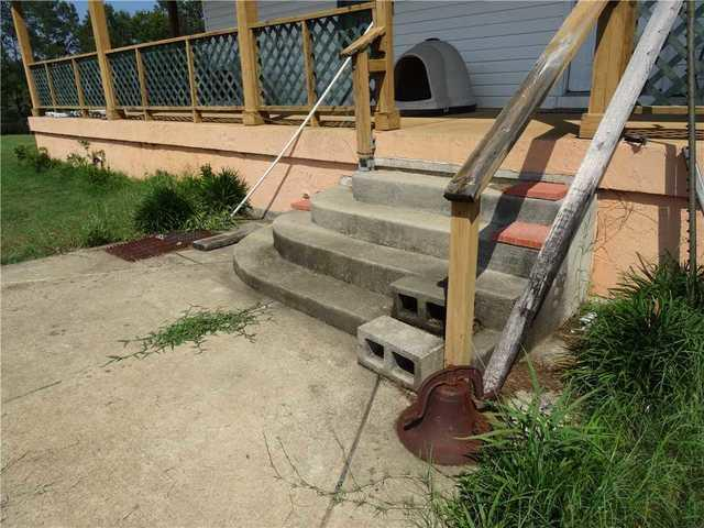 PolyLEVEL Lifts and Stabilizes Porch Stairs in Dalzell, SC