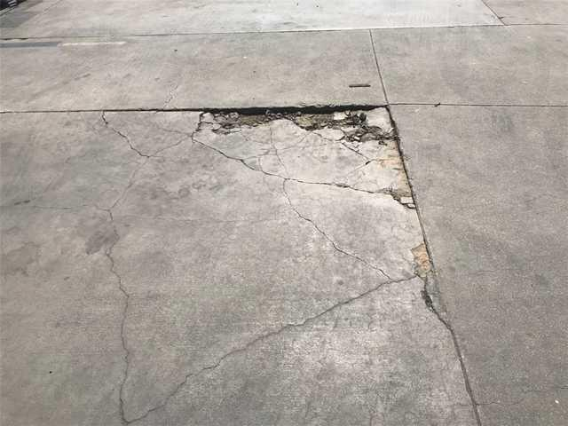 Repairing Concrete Parking Lot in Los Angeles