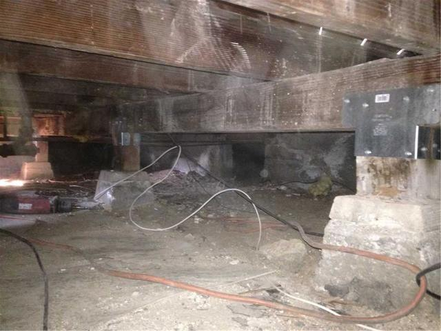 Seismic Retrofit Post Caps in La Habra