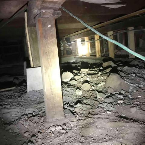 Seismic Retrofitting A Crawlspace With 350 SmartJack In North Tustin