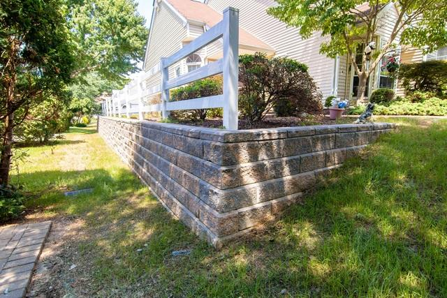 Rotting Retaining Walls Replaced at Raintree Community Association in Freehold, NJ