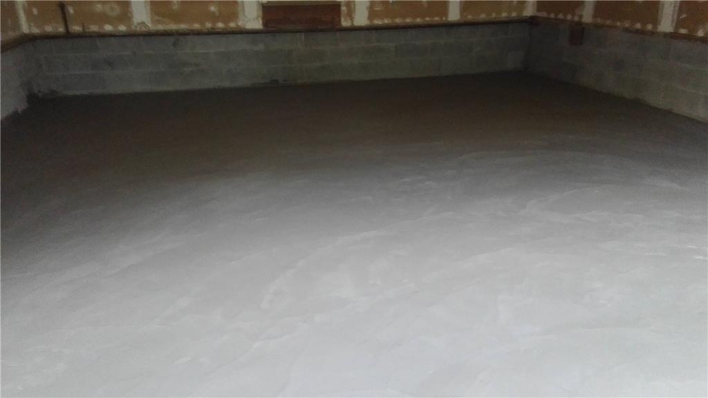 Fixing garage floor in Caz - After Photo