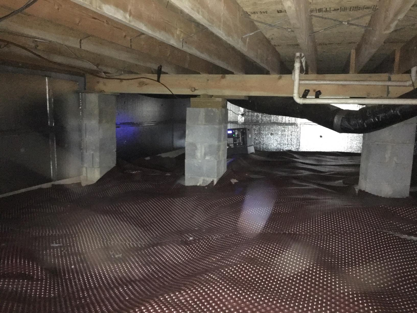 Drainage Matting resolves water in a crawl space in Corbin, KY - After Photo