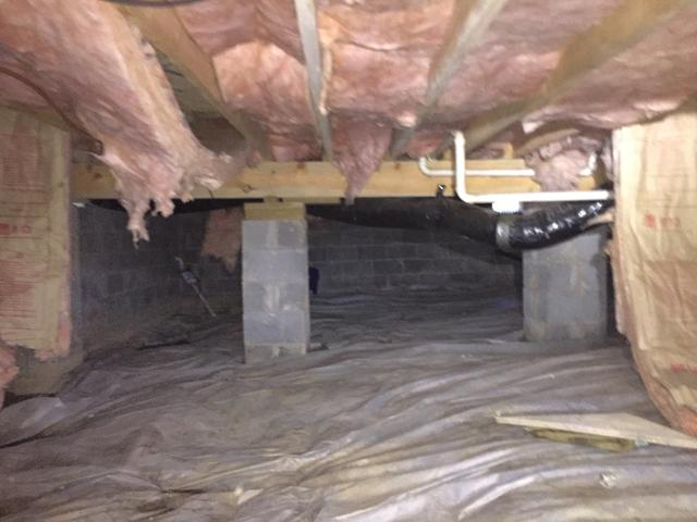 Drainage Matting resolves water in a crawl space in Corbin, KY