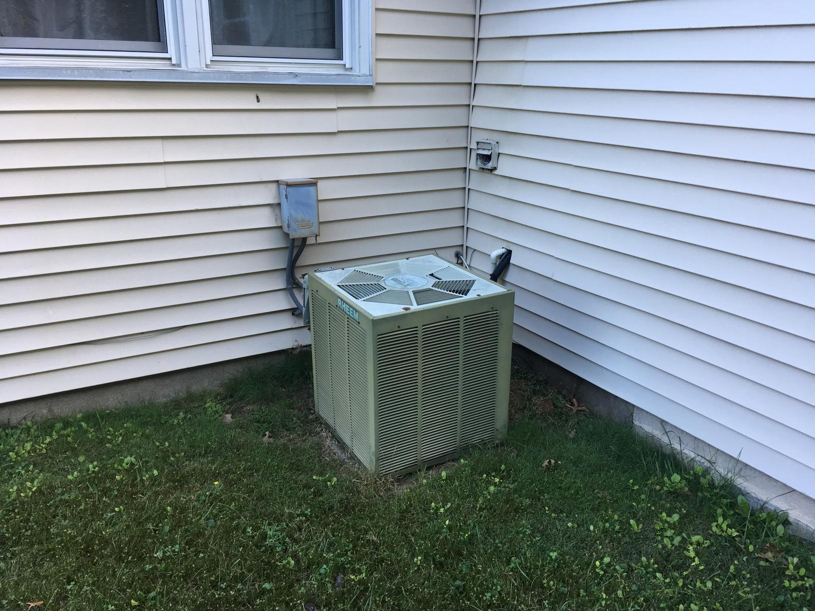 Amana High Efficiency Air Conditioner Barrington, NJ 08007 - Before Photo