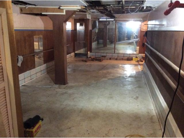Basement water damage cleanup in Garfield Heights, OH