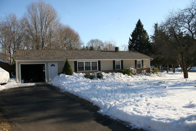 Winter Roof Replacement in Wallingford, CT