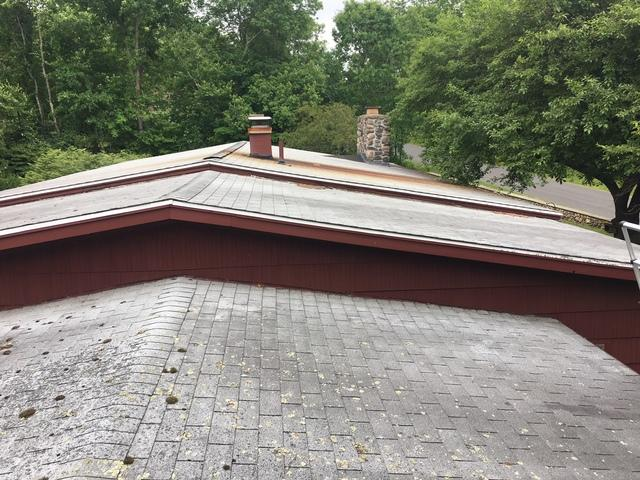 Ranch Roof Replacement in Woodbury, CT - Before Photo