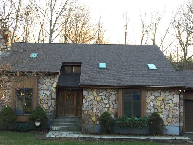 Modern Craftsman Style Roof Replacement in Middletown, CT
