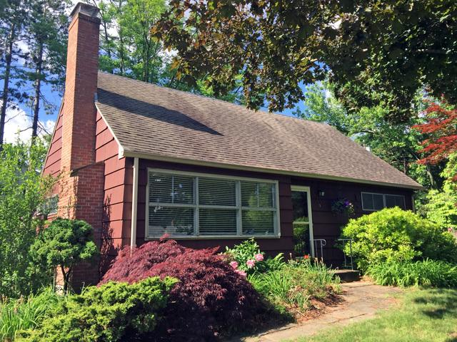 Professional Roof Replacement for a Tarriffville Home