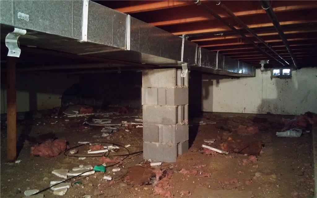 Brighton, MI Crawl Space Gets Insulated - Before Photo
