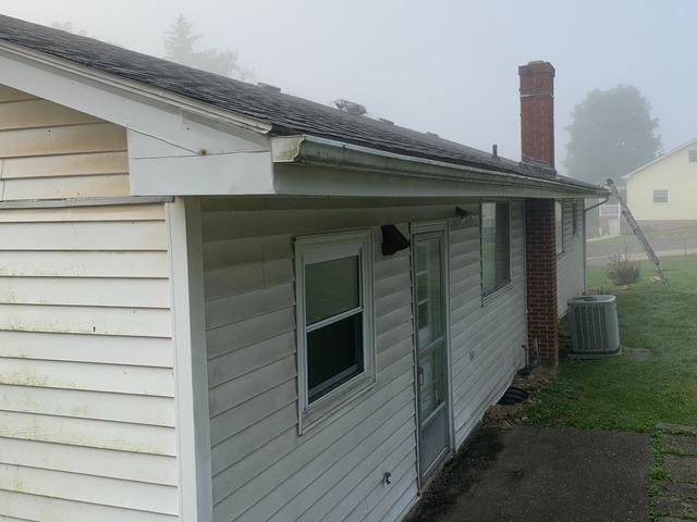 New Cumberland, WV Black Raindrop