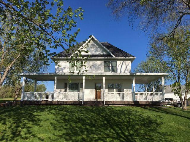Updated Country Home in Cross Plains, WI