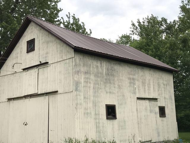 Updated Barn in Rose, NY
