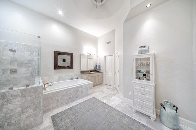 Masterbath Remodel in Scottsdale, AZ