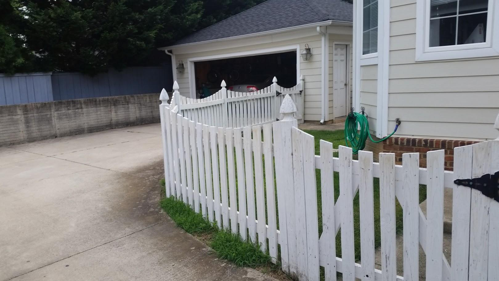 Vinyl Fence Installation in Round Hill, VA - Before Photo