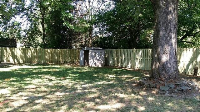 Wood Privacy Fence Installation in Chantilly VA