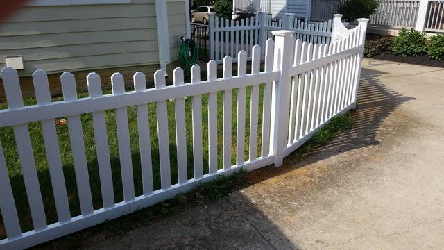 Vinyl Fence Installation in Round Hill, VA