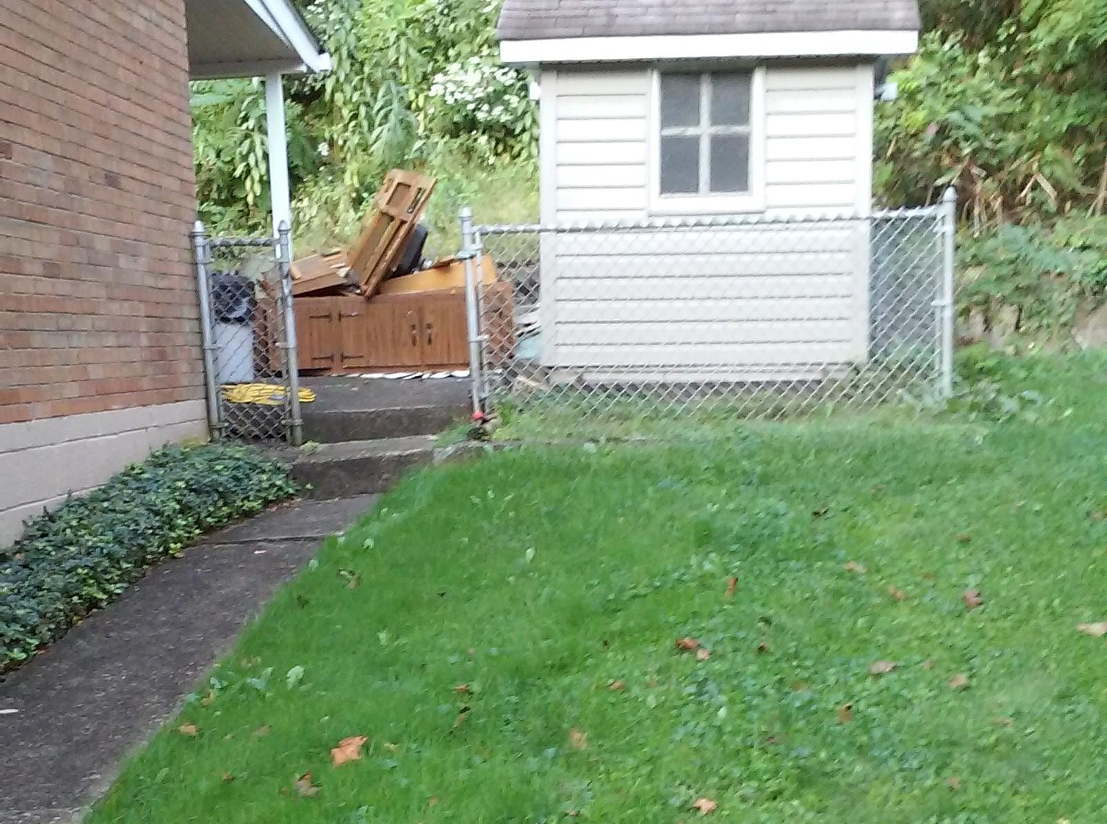 6'  Privacy Vinyl Fence Replacement in Pittsburgh, PA - Before Photo