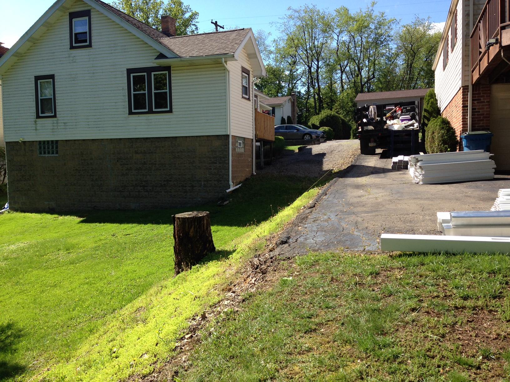 Vinyl Privacy Fence Installation in Glenshaw, PA - Before Photo