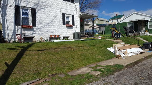 4' Alternating Spears Black Aluminum Fence Installation in Ellwood City, PA