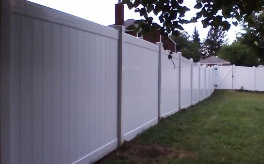 6'  Privacy Vinyl Fence Replacement in Pittsburgh, PA