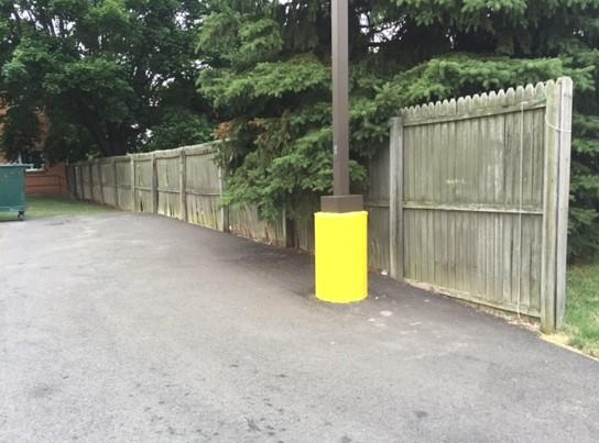 6'  Privacy Vinyl Fence Replacement in Beaver, PA - Before Photo