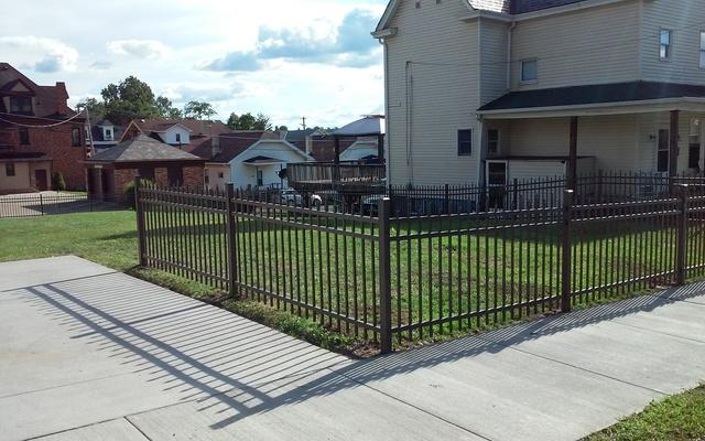 48in Bronze Fine Texture Aluminum Fence Installation in Canonsburg, PA