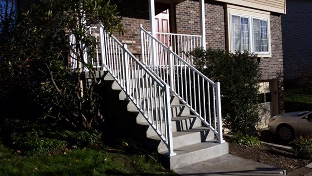 36 Inch Tuscany Aluminum Railing in Sewickley, PA