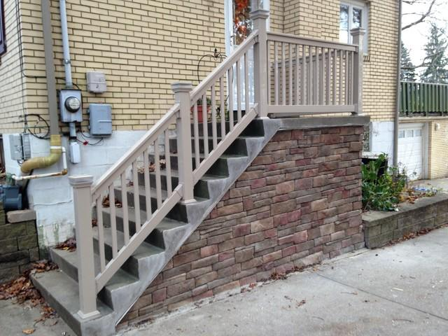 Potenza Vinyl Railing Installed in Pittsburgh, PA