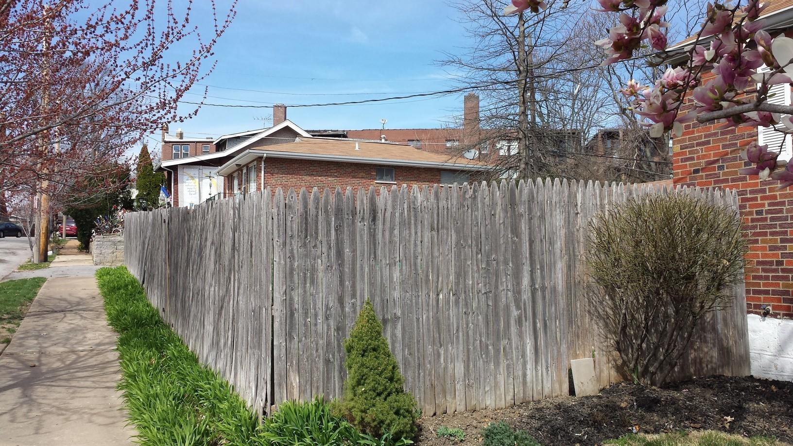 St Louis, MO Cedar Fence Installation - Before Photo