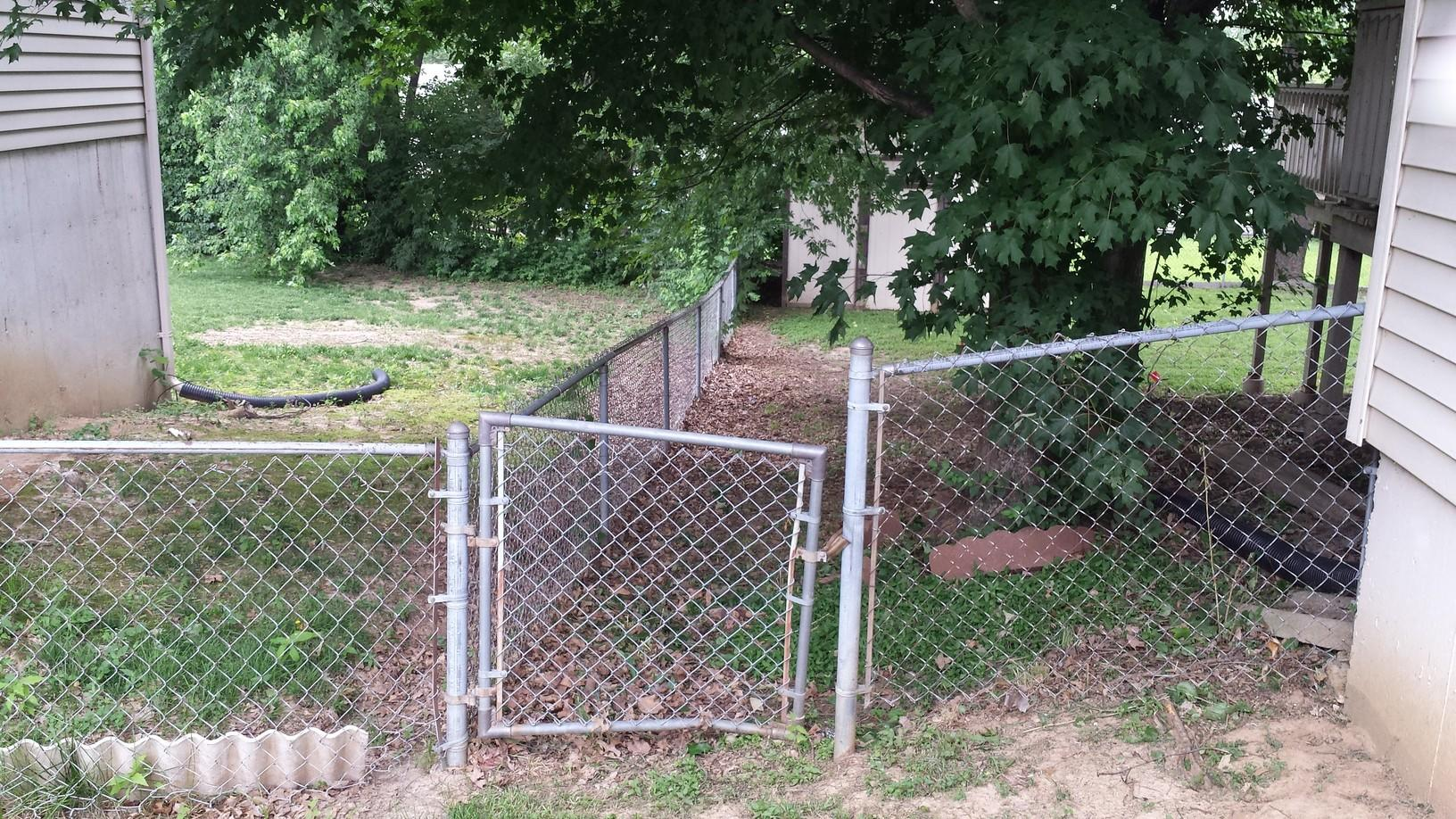 St Peters, MO Vinyl Privacy Fencing Installation - Before Photo