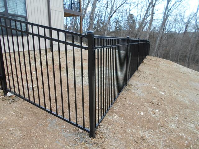Innsbrook, MO, Metal Fence Installation