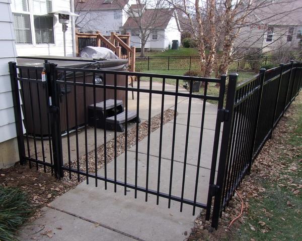 Wildwood, MO Aluminum Fencing Installation