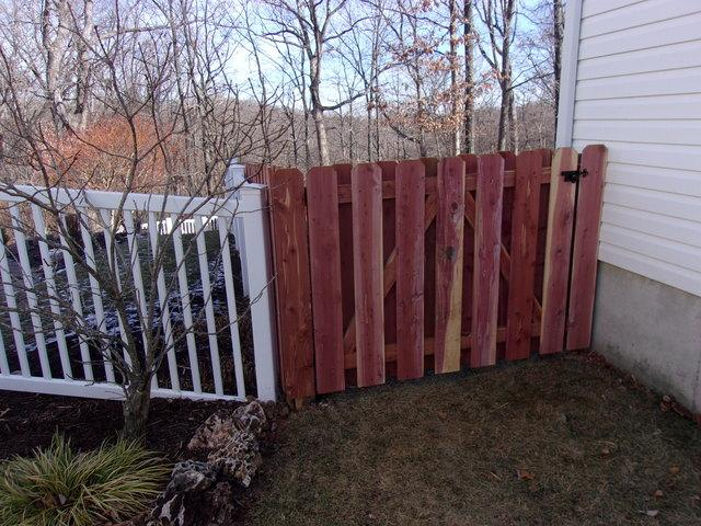 Shadow Box Fence in Wildwood, MO