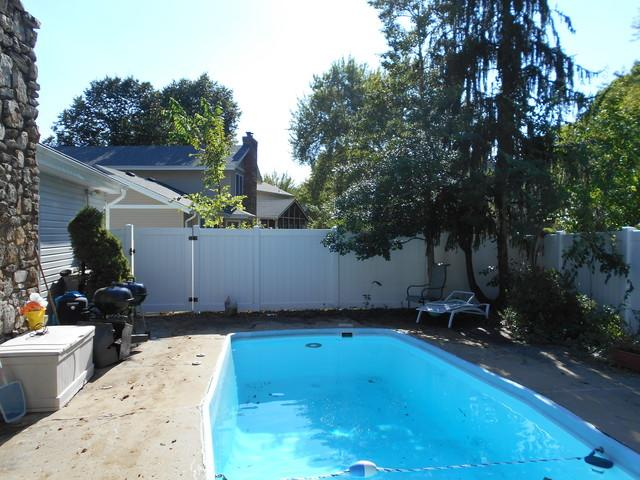 Chesterfield, MO Vinyl Pool Fence Installation