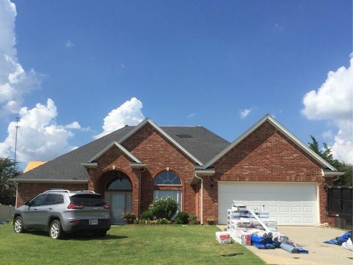 Roof Replacement in Durant, OK - Before Photo