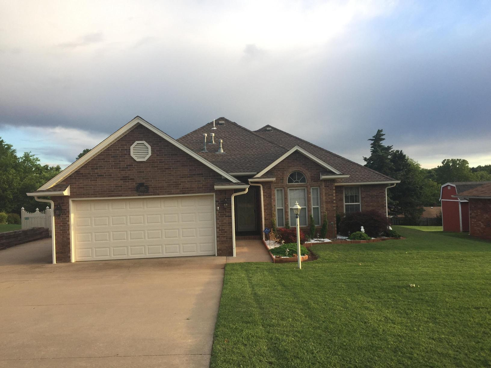 Roof Replacement in Guthrie, OK - Before Photo
