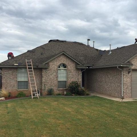 Roof Replacement in Mustang, OK