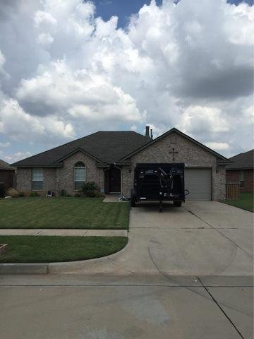 Roof Replacement in Mustang, Oklahoma