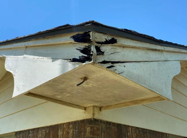 Damaged Eaves repaired in Duncan, OK