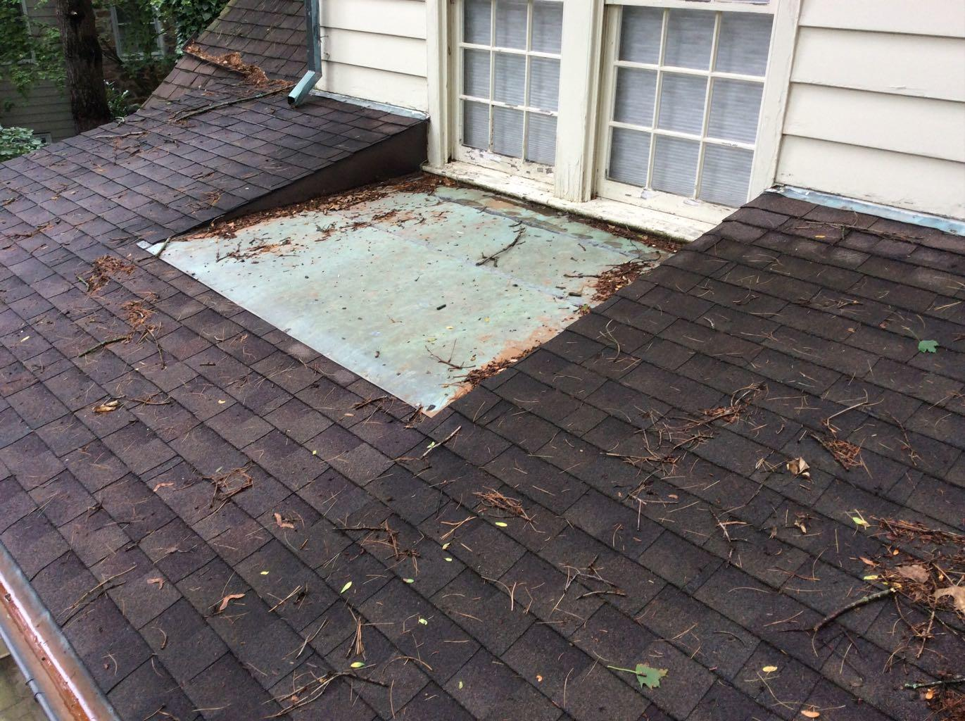 Bryn Mawr - Certainteed Landmark Shingles and Copper Standing Seam Roof - Before Photo