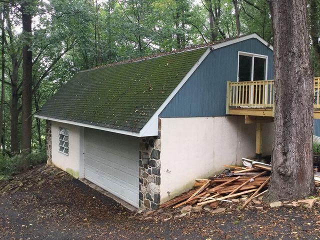 Garage Roof Replacement in Landenburg