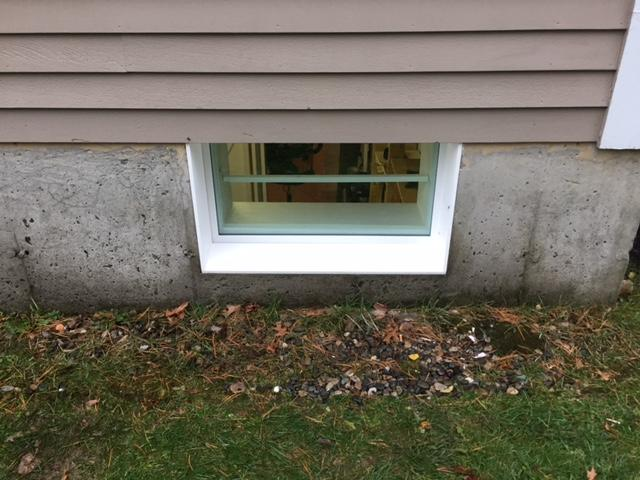 EverLast Windows Installed in Niskayuna Home to Replace Old, Drafty Sliding Windows