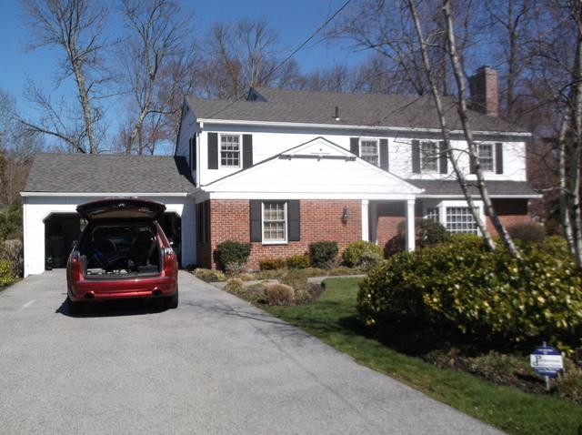 White Cedar Siding installation for this classic home in Scarsdale, NY