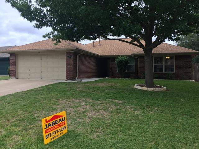 Roof replacement in Burleson, Tx
